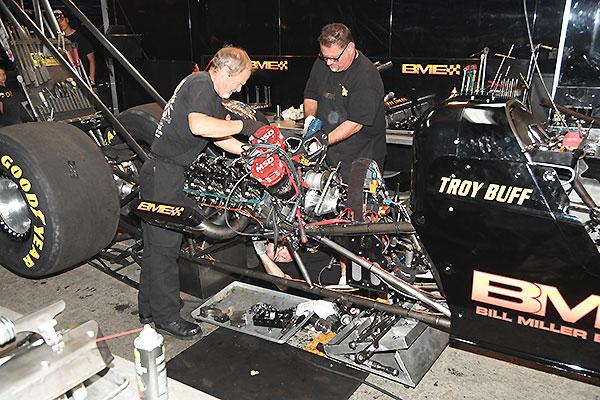 The Bme Top Fuel Dragster Team